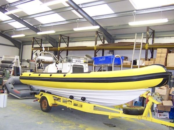 Crompton Marine 6.2 Dive Boat