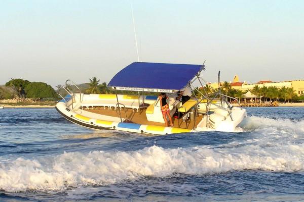 Explorer Marine Dive Boat (Bonaire)  02